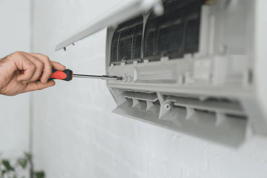 When Should You Call for an Air Conditioner Repair Service?
